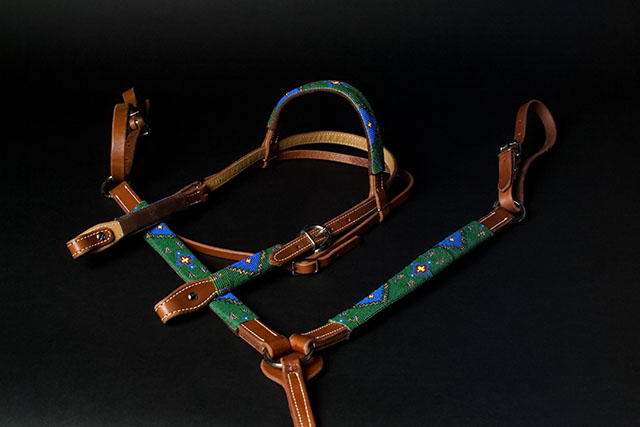 """Teal Garden"" Handmade Beaded Tack Set: click to enlarge"