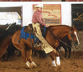 Brown Cow Customer Colton Strain rides in a competition with a Branded Saddle Blanket